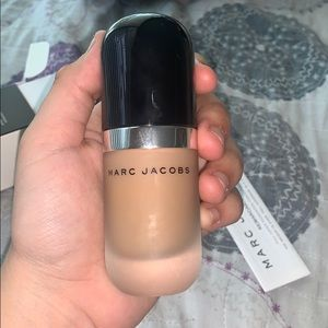 Foundation never used Marc Jacobs!